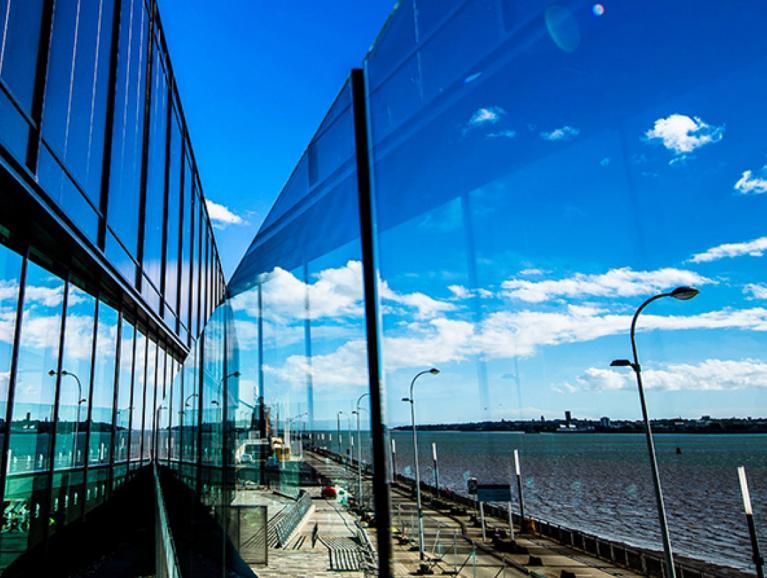 Controllo solare del vetro saint gobain vetri per l'estate xtreme comfort termico estivo e invernale
