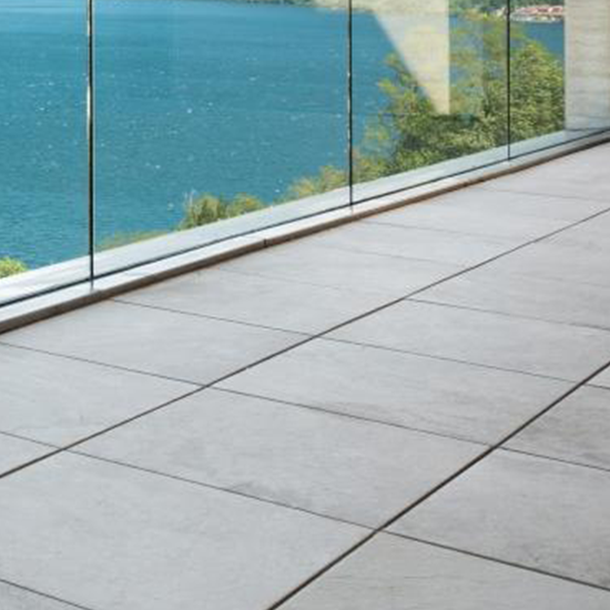 Balustrades & leuningen in glas | Saint-Gobain Building Glass