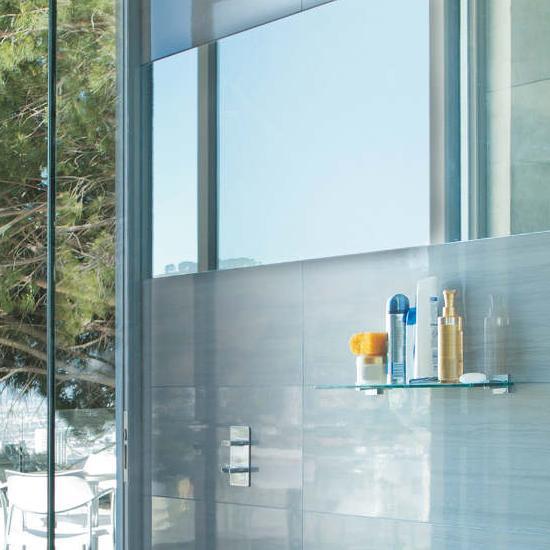 SGG TIMELESS GLASS SHOWER | Saint-Gobain Building Glass